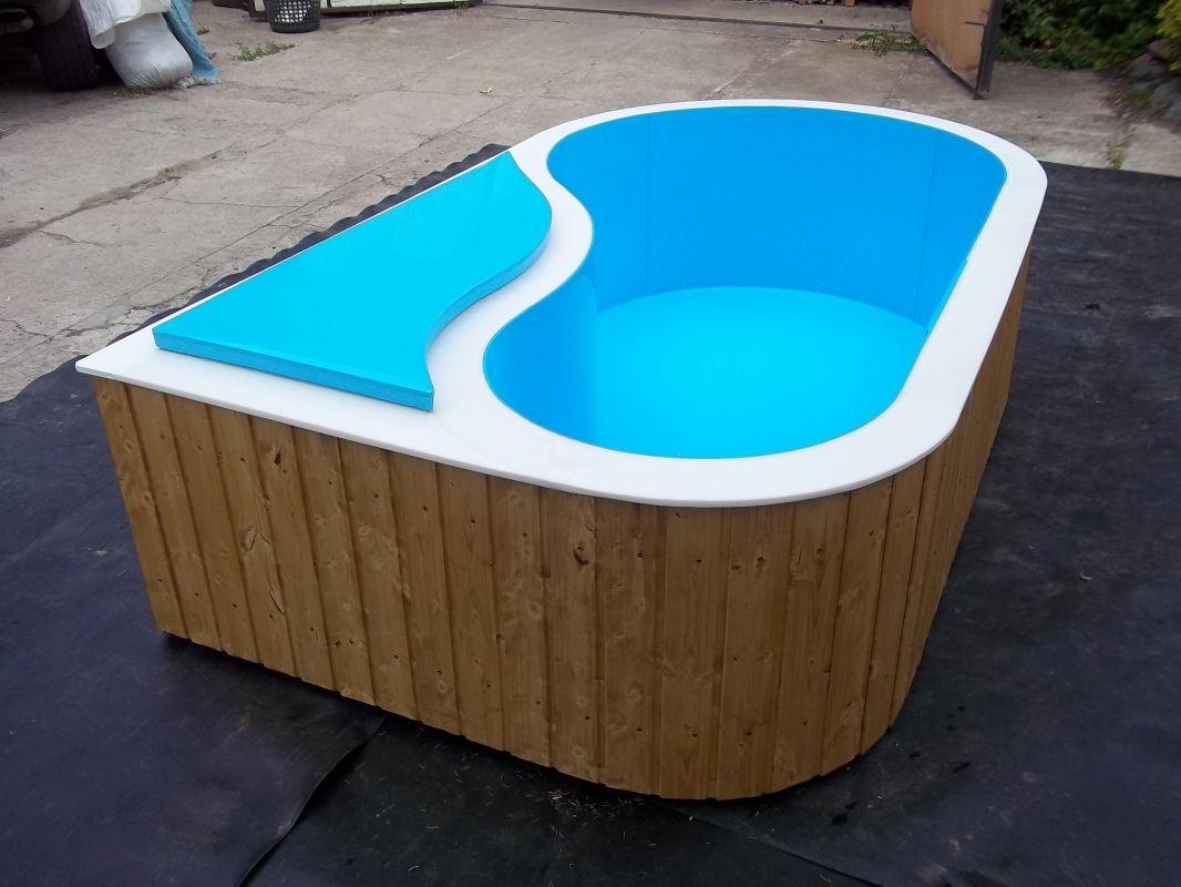 Bazény - atypické LAMIPLASTIK